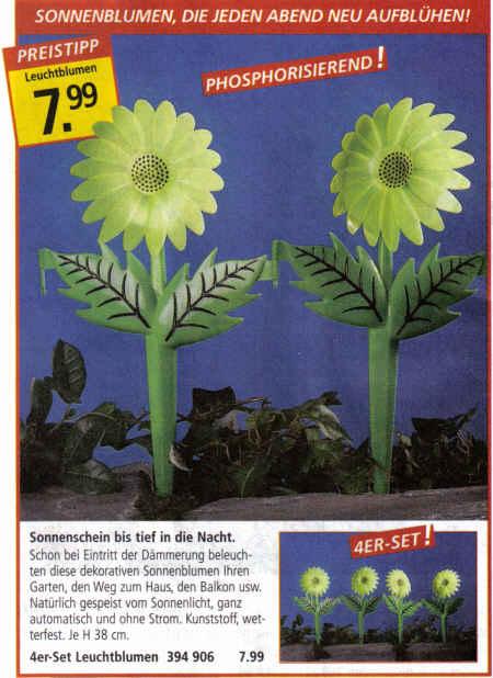 Sonnenblumen, die jeden Abend neu aufblühen! Phosporisierend! Sonnenschein bis tief in die Nacht. Schon bei Eintritt der Dämmerung beleuchten diese dekorativen Sonnenblumen ihren Garten, den Weg zum Haus, den Balkon usw. Natürlich gespeist vom Sonnenlicht, ganz automatisch und ohne Strom. Kunststoff, wetterfest, Höhe 38 cm. 4er-Set Leuchtblumen 7,99